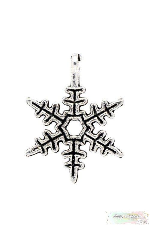Металлическая подвеска Снежинка серебристая