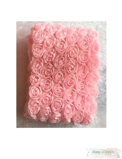 Розы на сетке - светло-розовые (10 см)