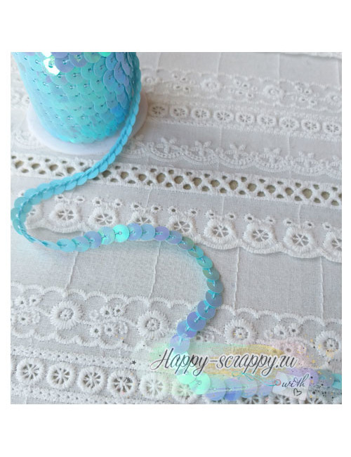 Пайетки на нитке - голубые