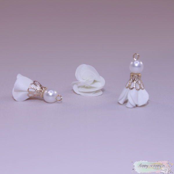 Кисточка цветочек с бусинкой белая (1шт)