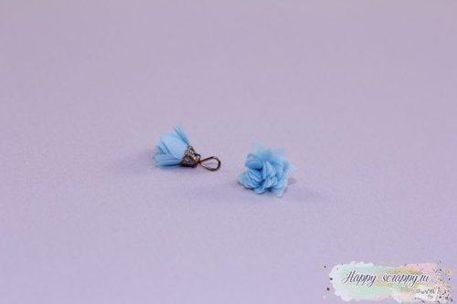 Кисточка шифоновая маленькая голубая (1шт)