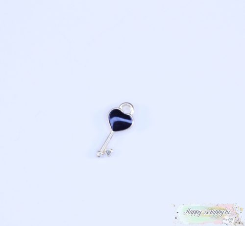 Подвеска ключик с сердечком черный
