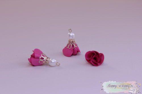 Кисточка цветочек с бусинкой малиновая (1шт)