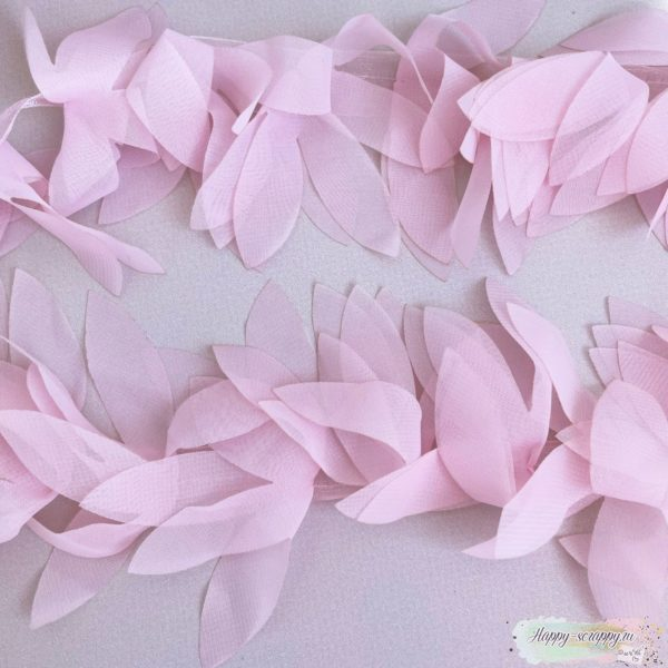 ШИФОНОВЫЕ ЛЕПЕСТКИ НА ЛЕНТЕ розовые (45 СМ)