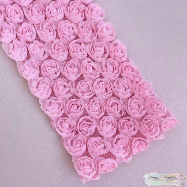 Розы на сетке - розовые 10 см